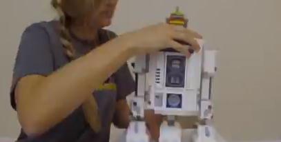 大きめなR2-D2のレゴを作るタイムラプス動画!