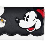 ミニーとクラリスのガーリーな長財布が可愛い!刺繍もイイ感じ!